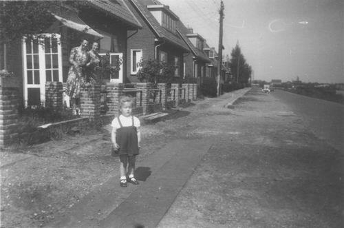 Aalsmeerderdijk 0138 1943± Huize Resoort 01