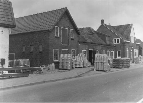 Aalsmeerderdijk 0281 Pottenbakkerij den Daas 01
