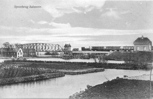 Aalsmeerderdijk 0320± Spoorbrug 1915.JPG