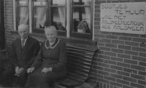 Aalsmeerderdijk 0408 1950 b Olieboer Jacob Piet en vrouw_2