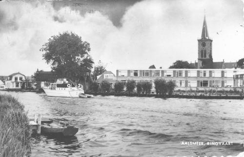 Aalsmeerderdijk 041_ Overzijde 1971 met NH Kerk en Rustoord