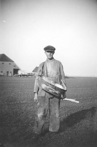 Hermans Dries 1938 Landarbeider bij fam Meijer 01