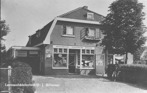 Aalsmeerderweg_O_0310_winkel_J_Millenaar