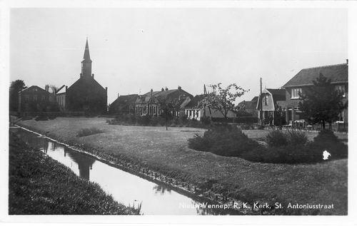 Anthoniusstraat 0016 1949 RK Kerk Oud 02