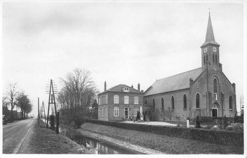Anthoniusstraat 0016 1955 of eerder RK Kerk Oud 01