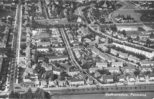 Badhoevedorp 1956 Luchtfoto ZuidOost