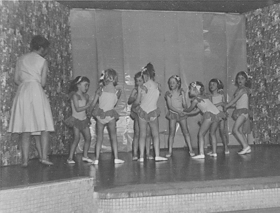 Ballet Studio Helma Bouwman 1964 Uitvoering in Hoofddorp 01