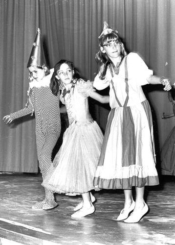 Ballet Studio Helma Bouwman 1968 Uitvoering in LTS Hoofddorp 02