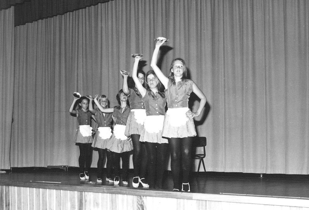 Ballet Studio Helma Bouwman 19__ Musical in LTS Hoofddorp 02