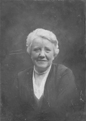 Berg Johanna Petronella van den 1877 19__ Portret