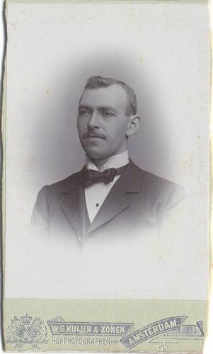 Blaaderen Cor v 1876_19__ Portret 01