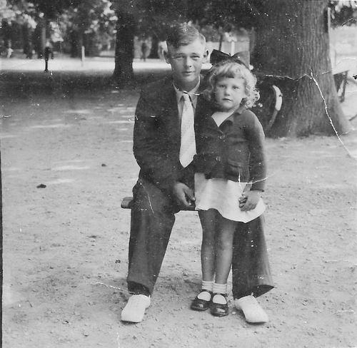 Bliek Toon 1914 194_ met dochter Leentje