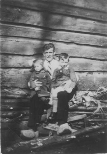 Bliek Arie 1937 met Neef en Nicht Blom