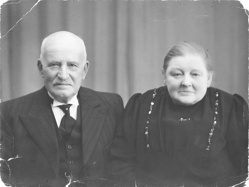 Blom Dirk 1872 19__ Familiefoto 02