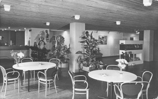 Bornholm 0050 1976 Verpleeghuis Hal en Receptie