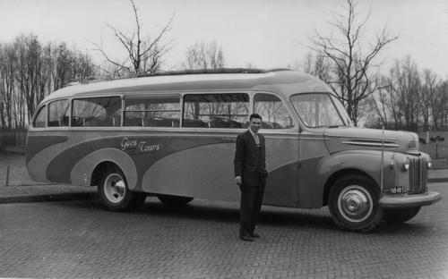 Bosman Gerrit 195_ Chauffeur bij Bus v GEOS Gerrit Oskam 01