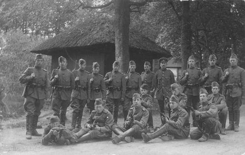 <b>ZOEKPLAATJE:</b>Breure Onbekend 1918 Militair J Slootweg 391