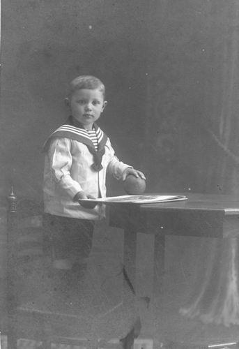 Bulk Jan Dirk 1918 1920 Peuter bij Fotograaf 01