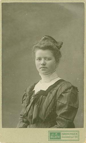 Bulk-Westerdijk Anna 1890 19__ Portret 01