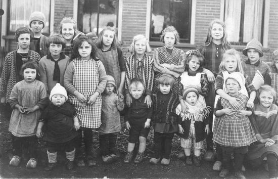 Buurtkinderen 1927