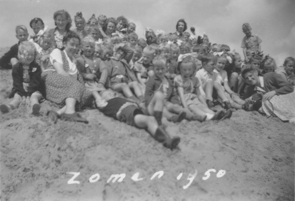 Christelijke School Hoofddorp 1950 Schoolreisje Strand Schoorl 02