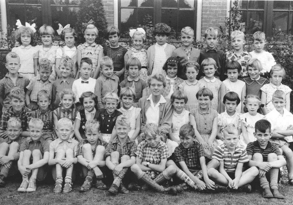 Christelijke School Hoofddorp 1956 Klas 2
