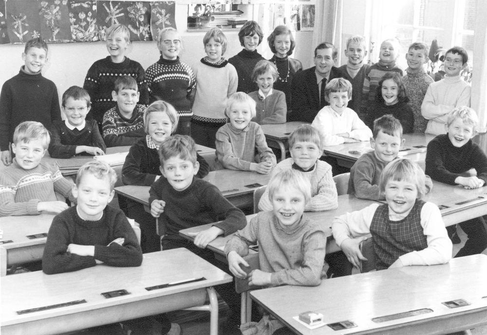 Christelijke School Hoofddorp 1966-67 Klas 3-4 Combi
