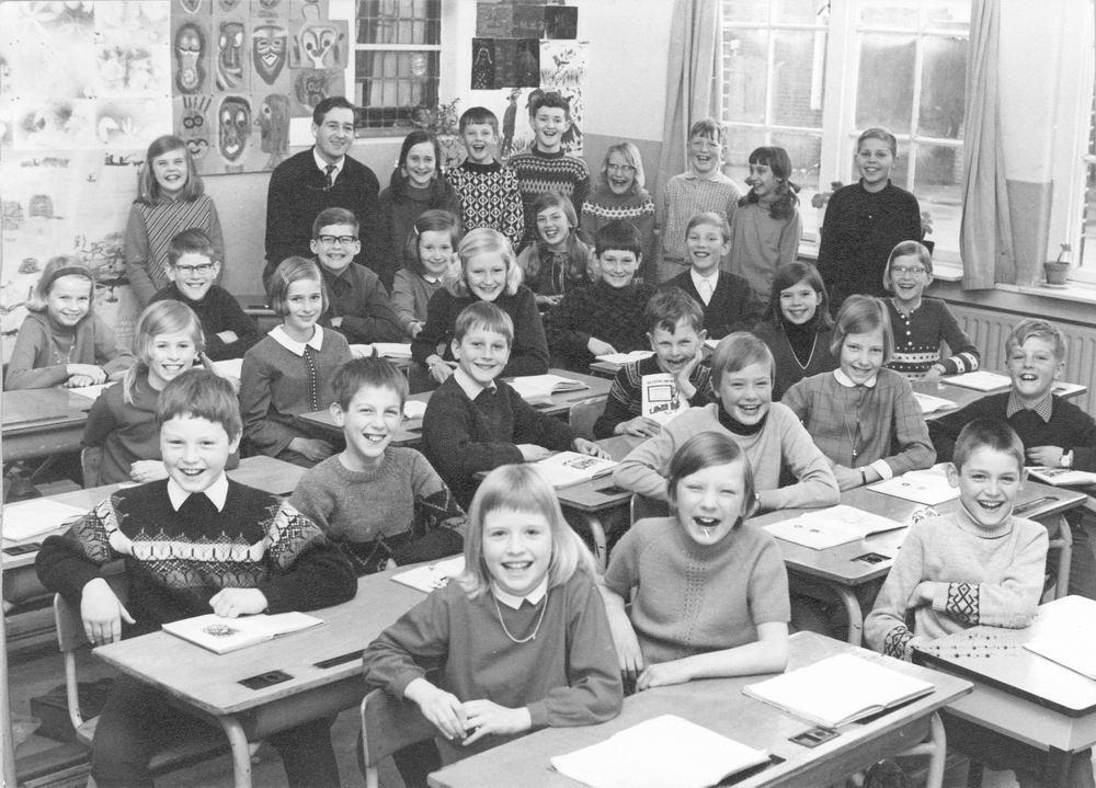Christelijke School Hoofddorp 1968-69 Klas 4