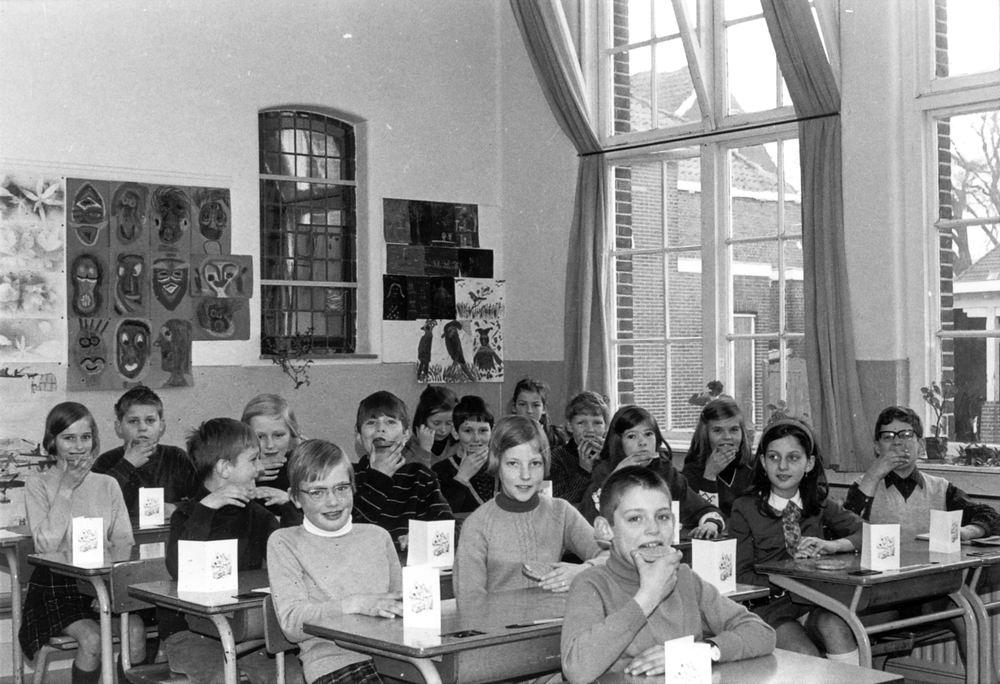 Christelijke School Hoofddorp 1968-69 Klas 4 03