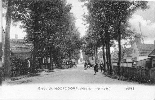 Concourslaan 1911 met Huis op einde en Molen