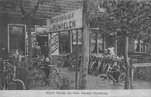 Concourslaan N 002_ 1914 Rijwielhandel Lieuwes_2