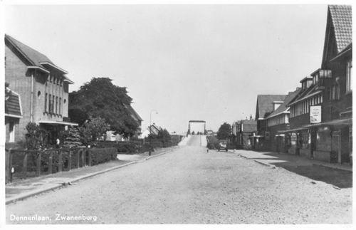 Dennenlaan W 005_ 1951 Zicht naar Ringvaartbrug