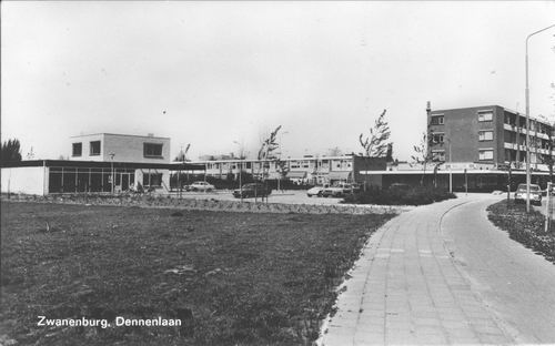 Dennenlaan W 013_ 1971 Winkelflats