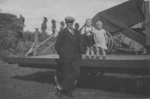 Elderen Paulus v 1935± Gezin 01
