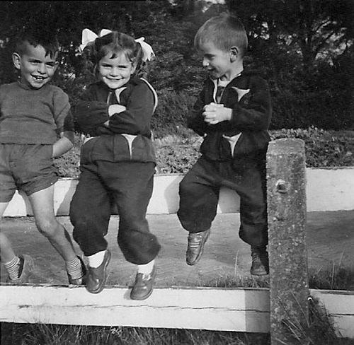 Es Donald v 1952 met Ingrid en Walter v Es op Hek