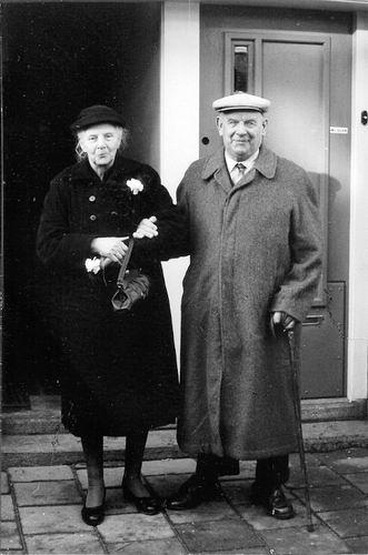 Es Gerrit van 1957 met vrouw Anna Schaap