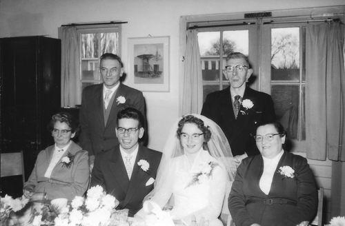 Es Teunis v 1933 1957 trouwt 03