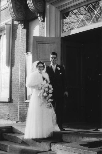 Es Teunis v 1933 1957 trouwt Grietje Hodde 01