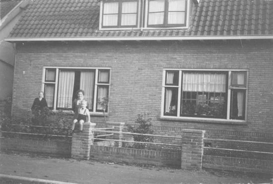 Fortweg 0004-06 194_ met Guurtje Oldenburg ea