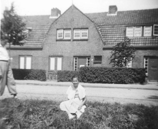 Fortweg 0034 1954 met Annie Schelvis