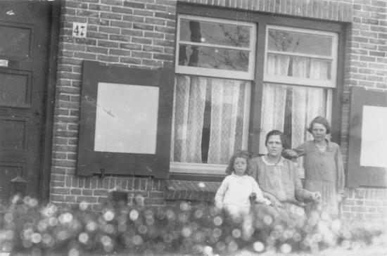 Fortweg 0047 1930 Schelvis Moeders Wil en Jannie