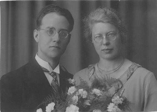 Geertzema Engelina 19__ trouwt Piet Wijnia
