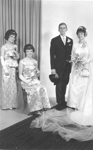 Geertzema Anneke 1966 trouwt Reinier v Elderen