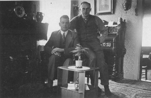 Geertzema Galtjo J J 1911 19__ in Tiengemeten 02
