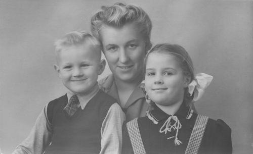 Geertsema Jan 1913 1946 vrouw Ank Berkhout en kinderen