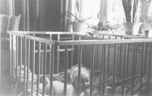 Geertsema Bertha 1921 1953 Baby Luurt Burema in Box