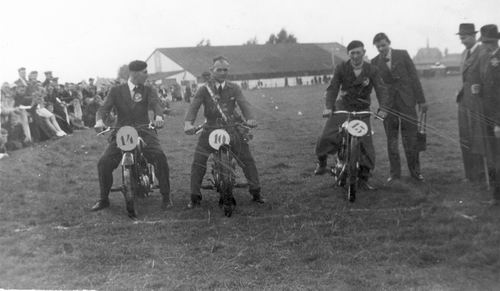 Geertzema Willebrordes 1917 19__ Deelnemer Motorraces 02