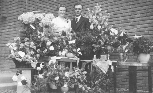 Geertzema Willebrordes 1917 19__ Verloving met Grietje Bulk 01