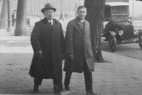 Geertzema Willem Hendrik 1876 19__ met Ernst Kaupa in Oostenrijk