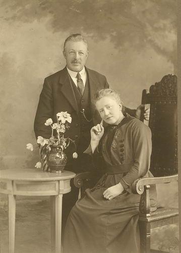Geertzema Willem Hendrik 1876 19__ met vrouw Johanna P vd Berg 01